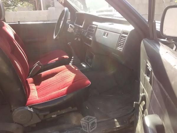 Mazda pick up Std 4cil -91