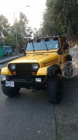 Jeep exelente -93