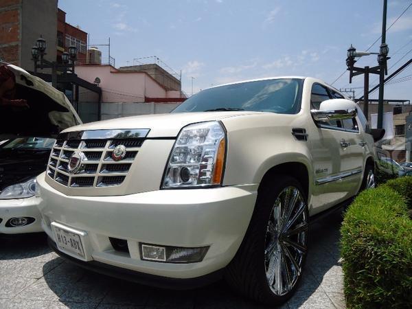 Cadillac Escalade Socio Anca -10