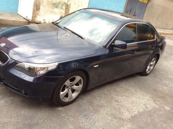 BMW Serie 5 525i -06