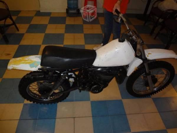 Vintage suzuki 80cc desvielada